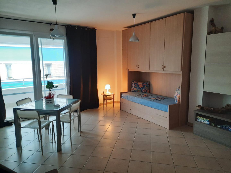 Appartamento in affitto a Calambrone, Pisa