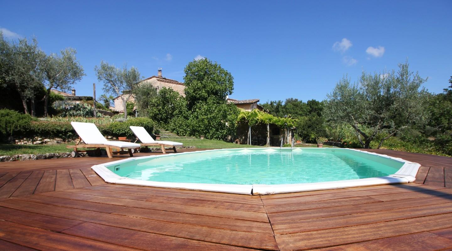 Farmhouse for sale in Monteriggioni (SI)