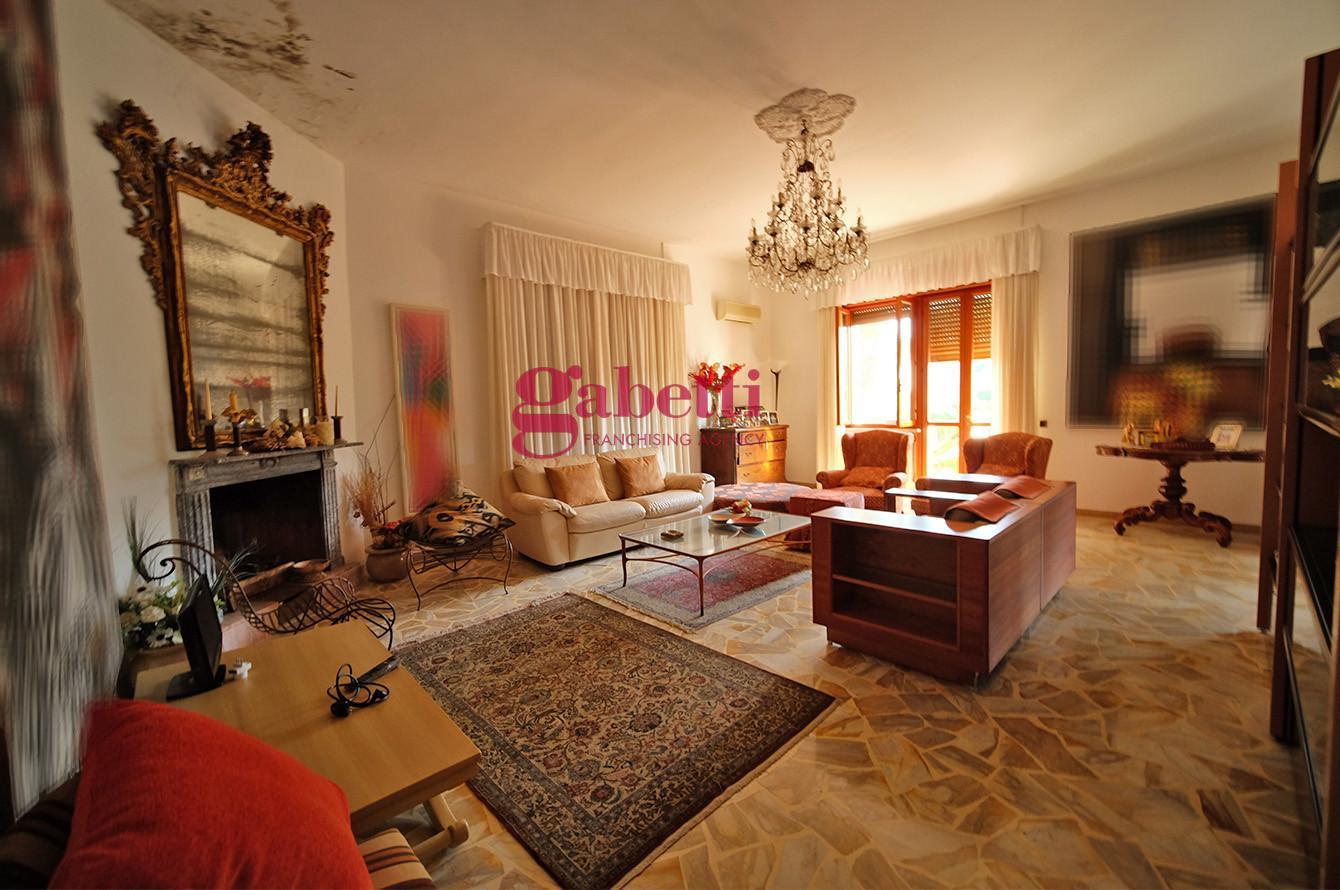 Villa singola in vendita, rif. 760