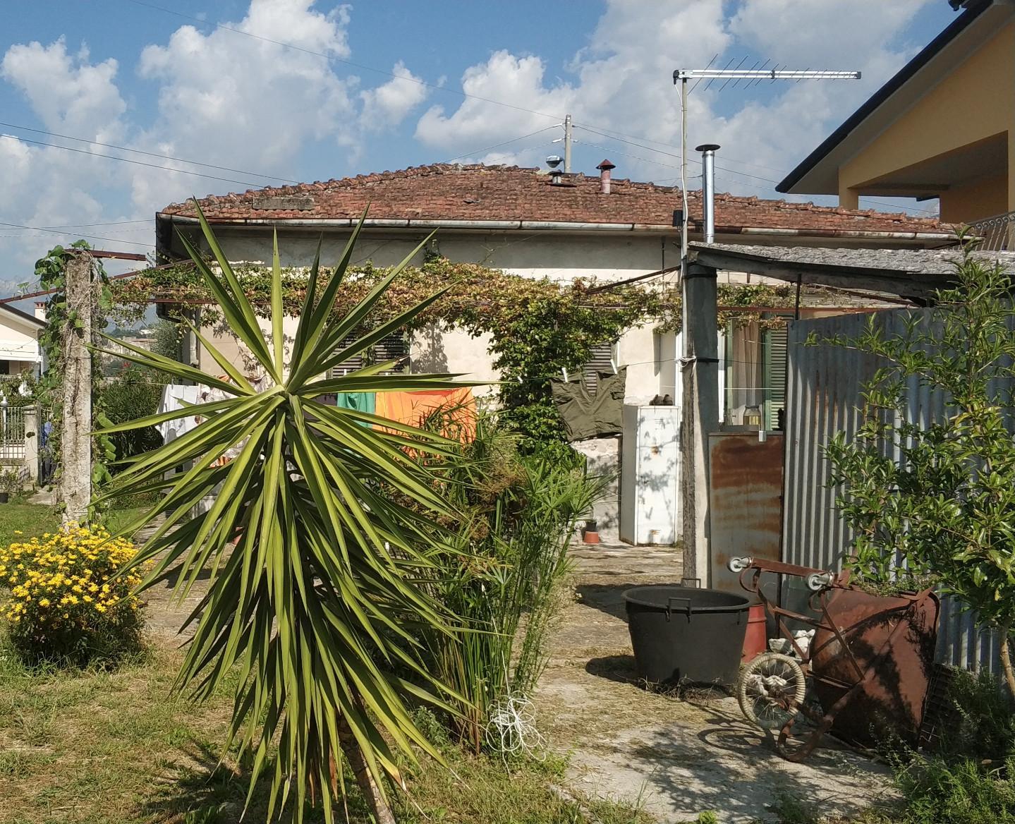 Casa singola in vendita a Quercioli, Massa