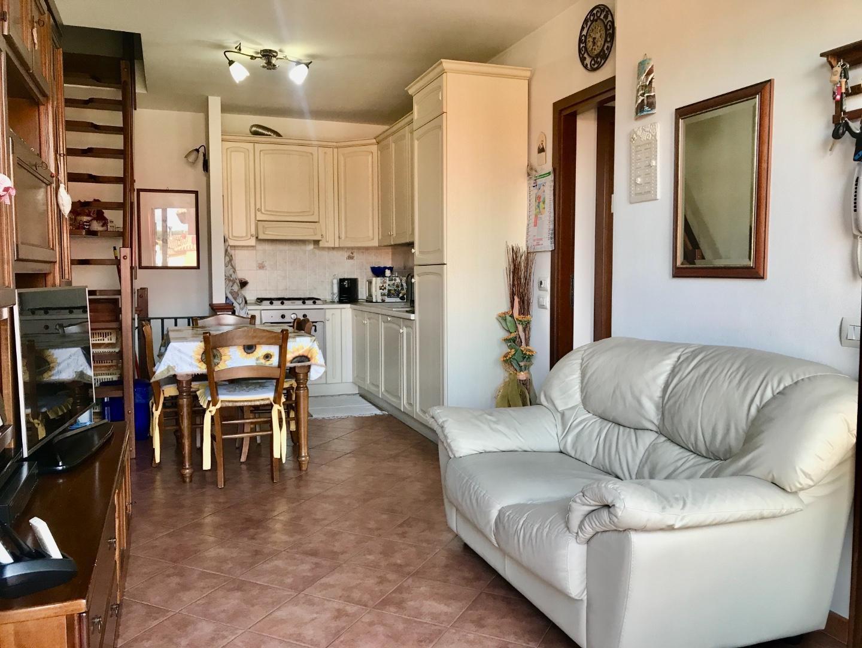 Appartamento in vendita, rif. 889V