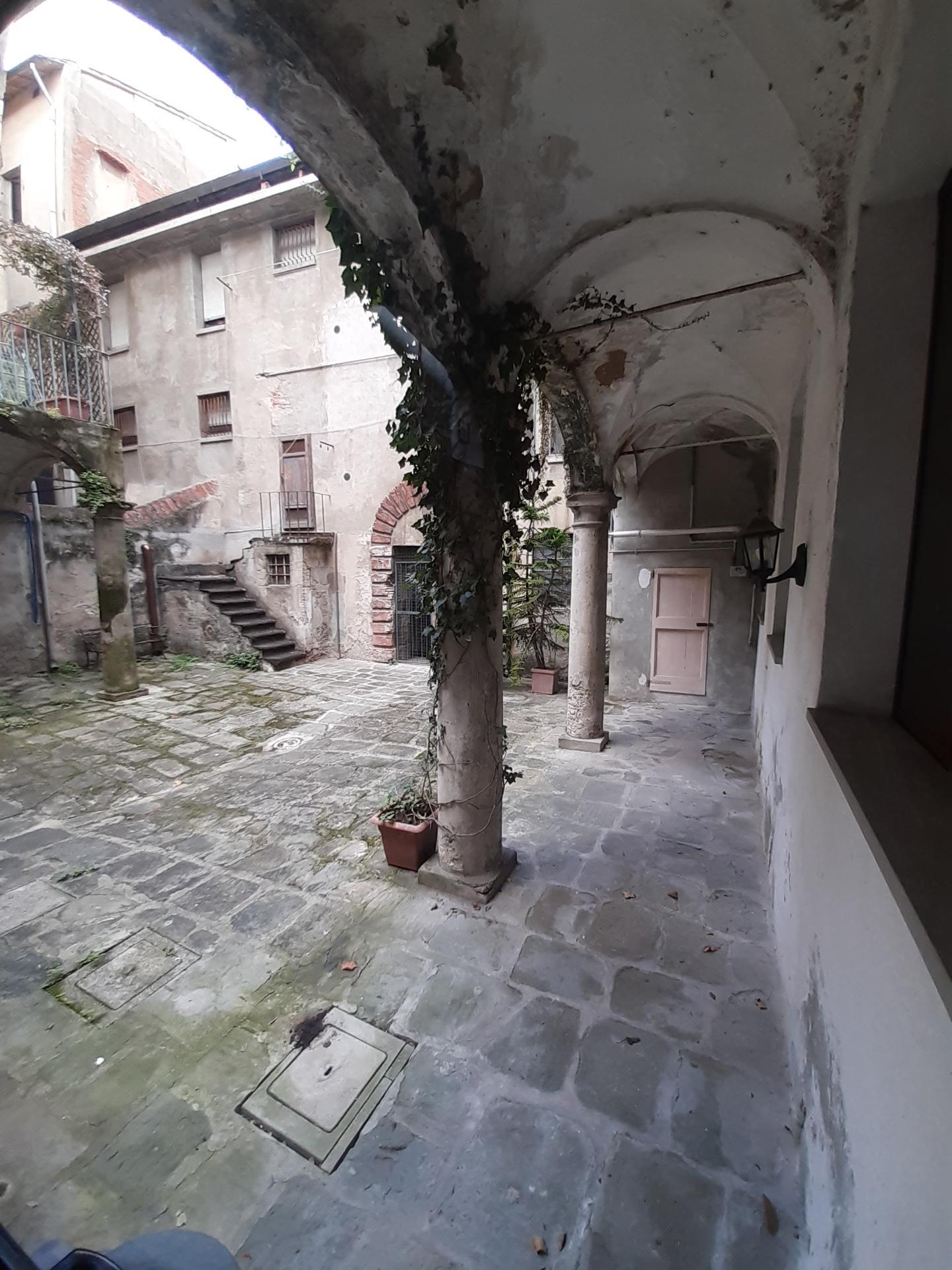 Appartamento in affitto, rif. a39/358