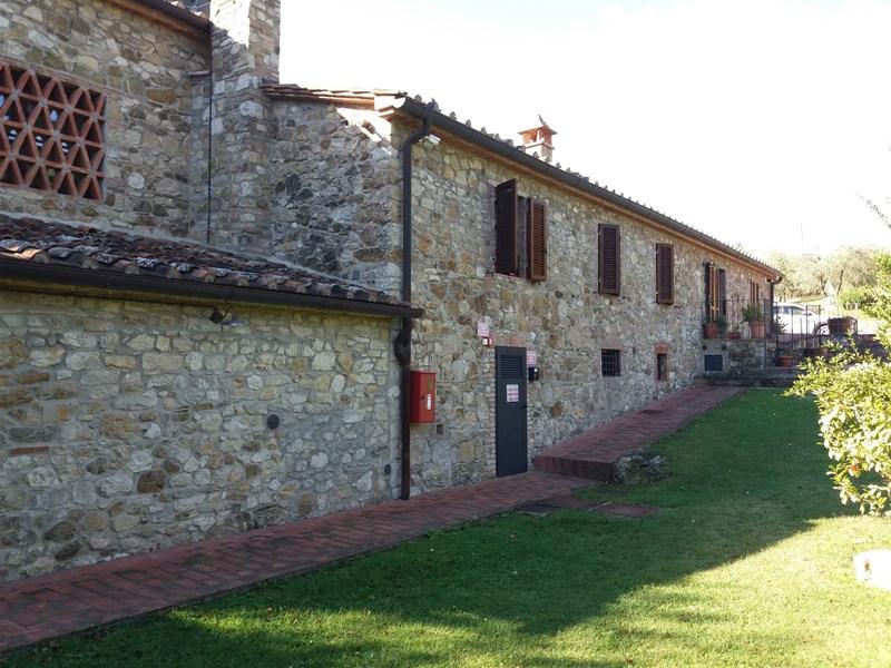 Agriturismo in vendita a Castellina in Chianti (SI)