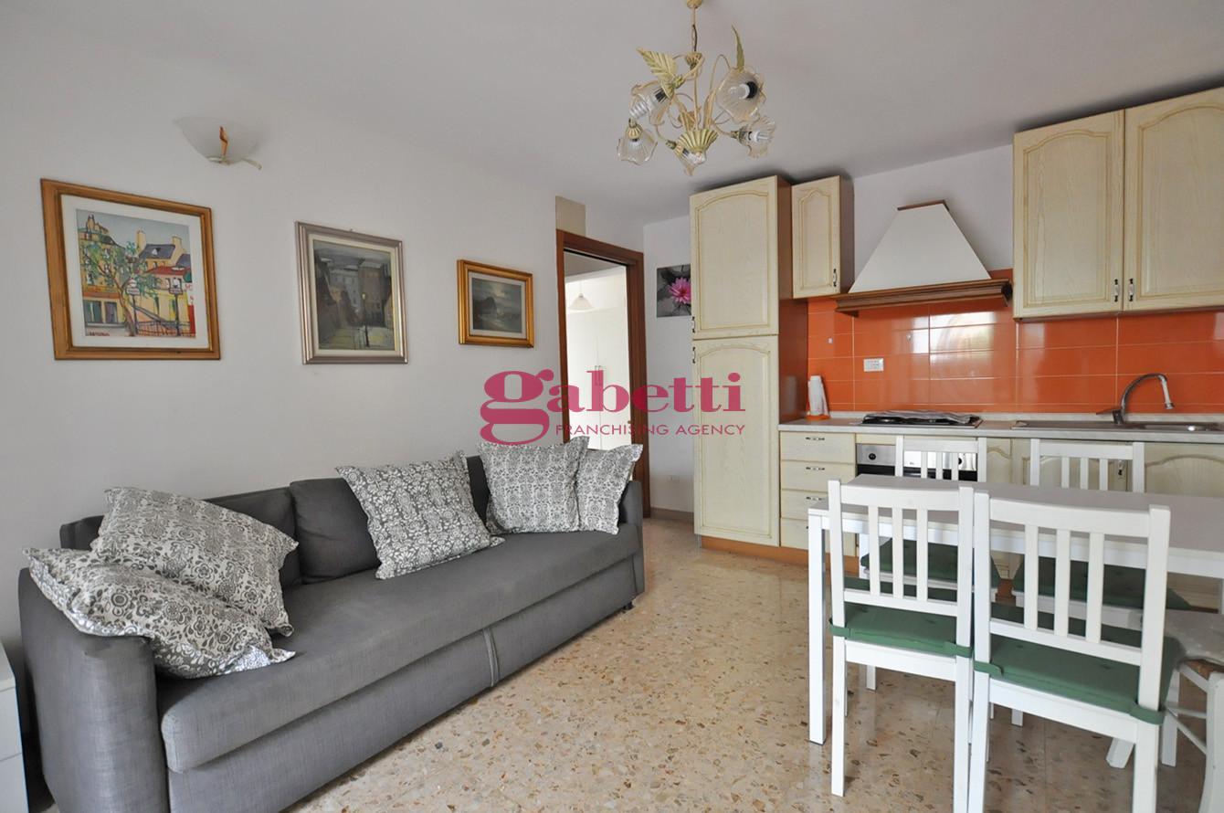 Appartamento in affitto, rif. L139S