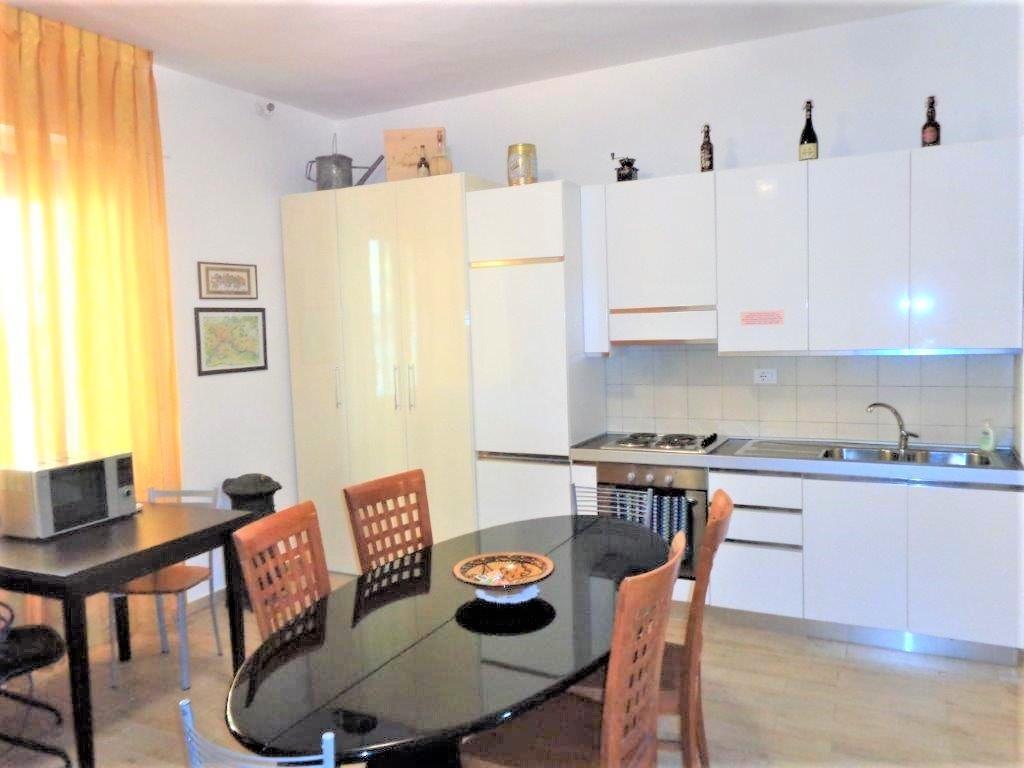 Appartamento in vendita, rif. 3061