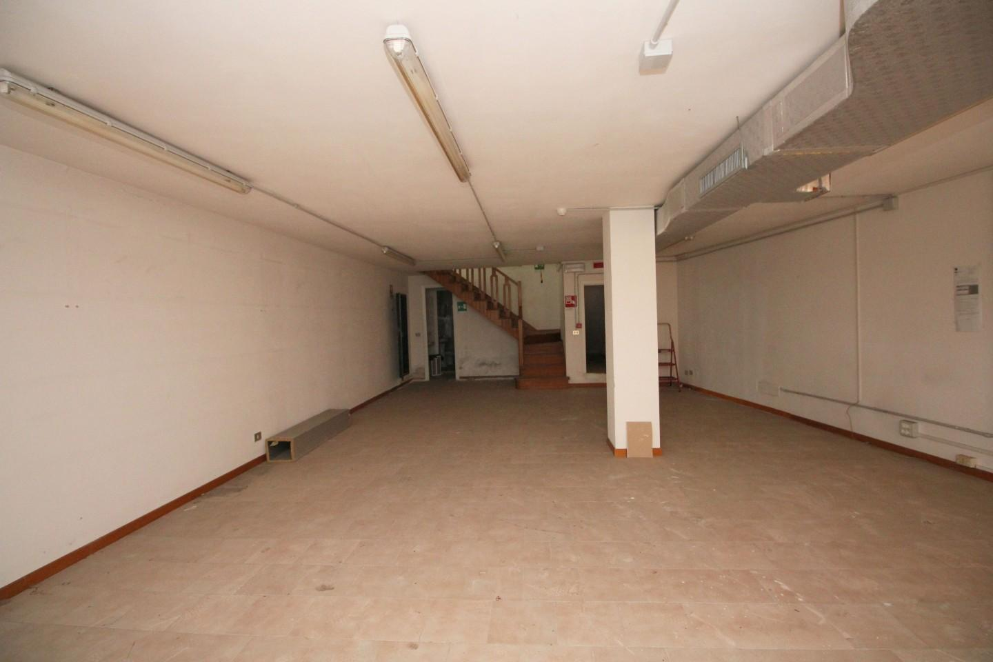 Office for commercial rentals, ref. C65