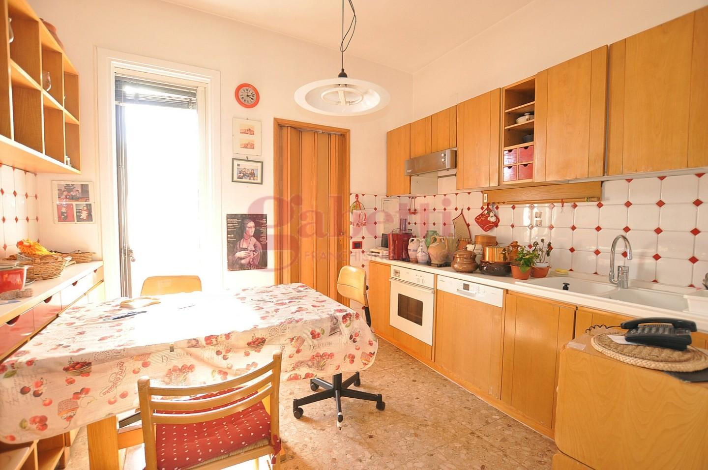 Appartamento in vendita, rif. 235
