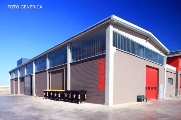 Capannone industriale in affitto commerciale a Livorno