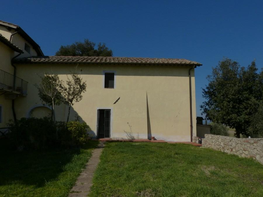 Portion of house for sale in Monteroni d'Arbia (SI)