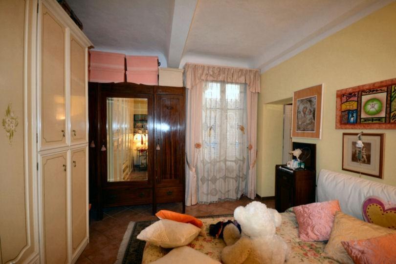 Appartamento in vendita, rif. 02360