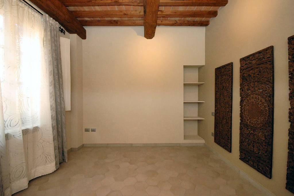 Appartamento in vendita, rif. 02362