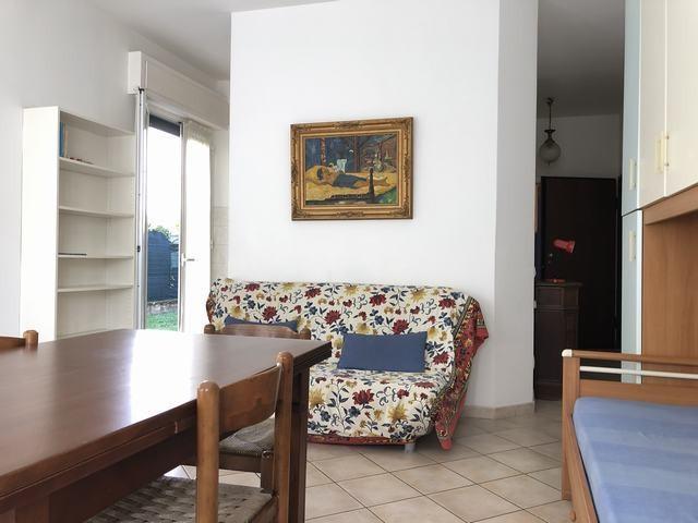 Appartamento in affitto, rif. AP232