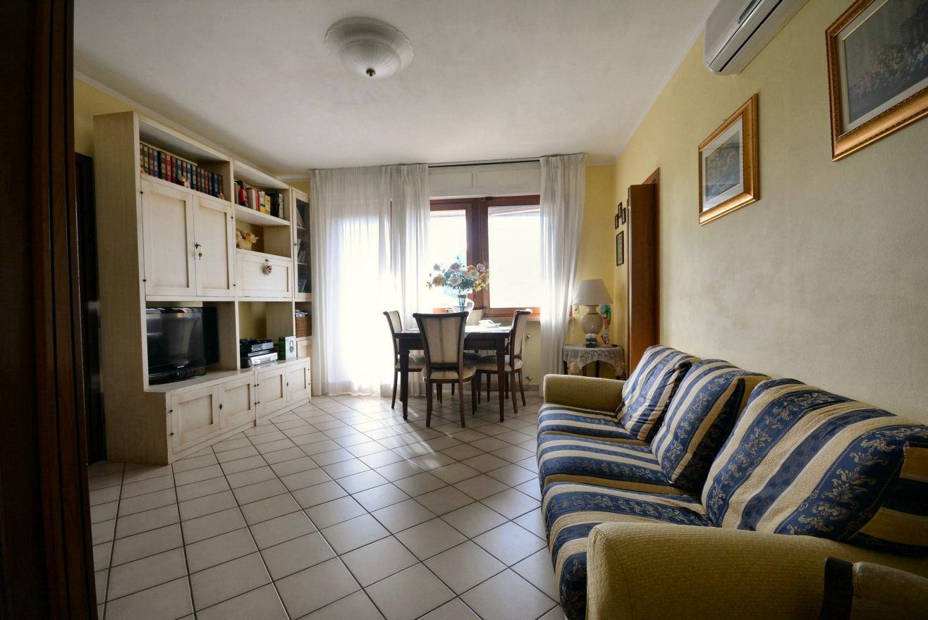 Appartamento in vendita, rif. 02383