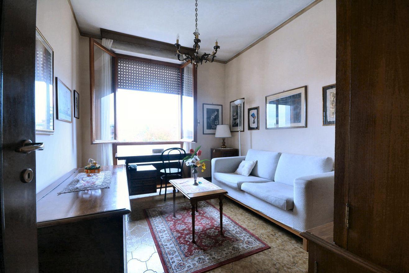 Appartamento in vendita, rif. 02399