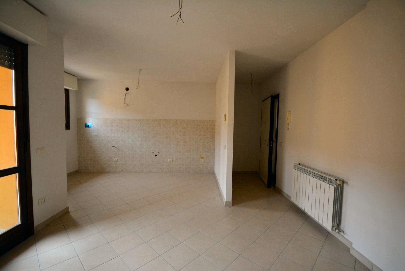 Appartamento in vendita, rif. 02400