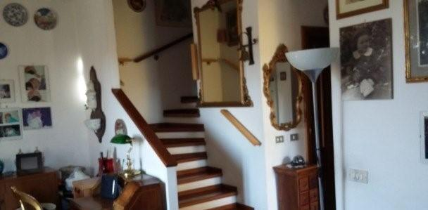 Casa semindipendente in vendita a Sarzana (SP)