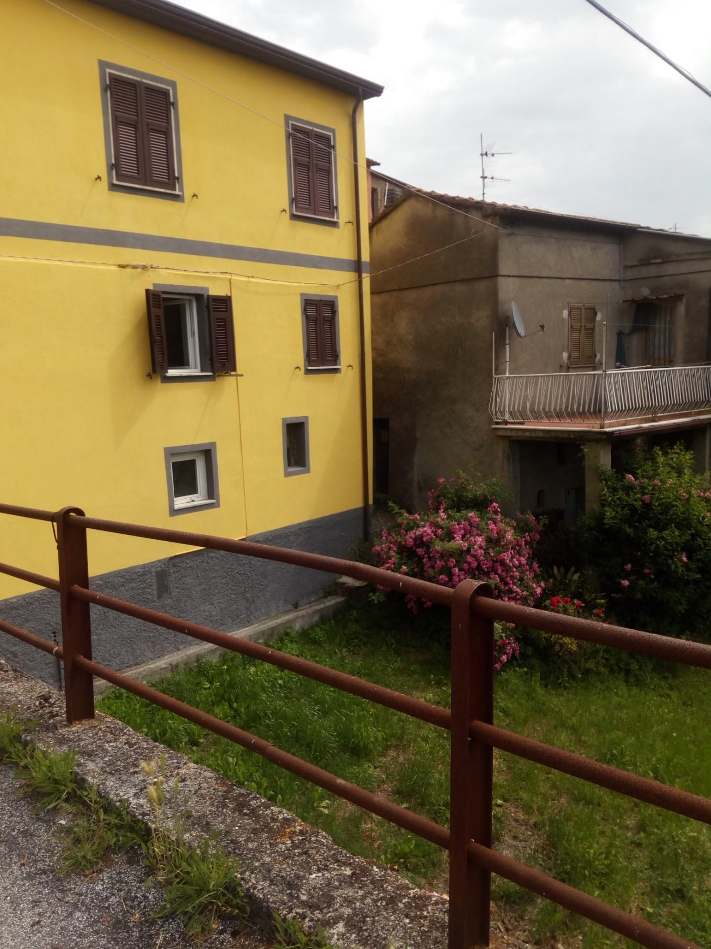 Villa singola in vendita a Tresana (MS)