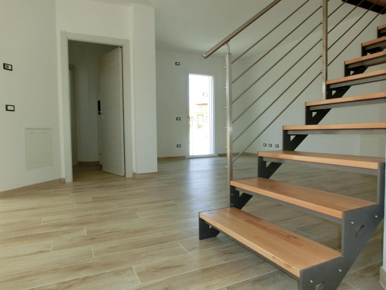 Appartamento in vendita, rif. 3142