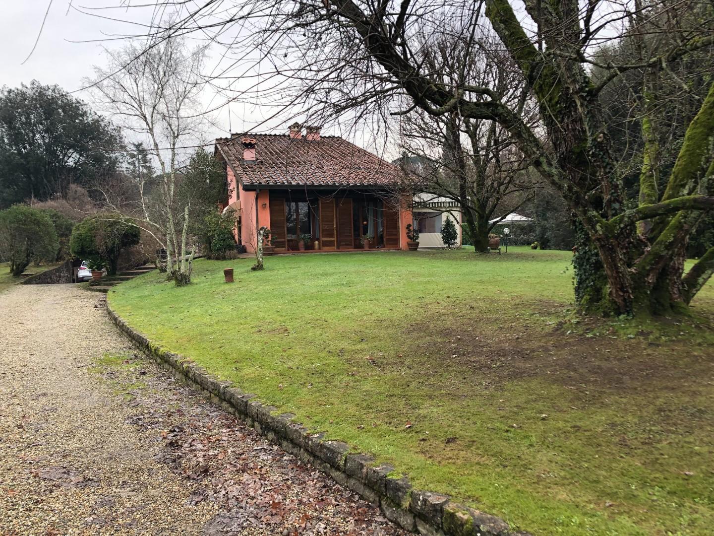 Villa singola in vendita, rif. 02403