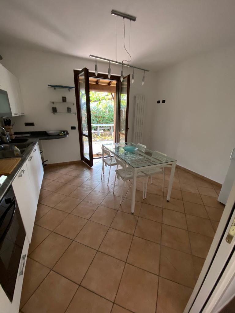 Villetta bifamiliare in vendita, rif. FRN-125