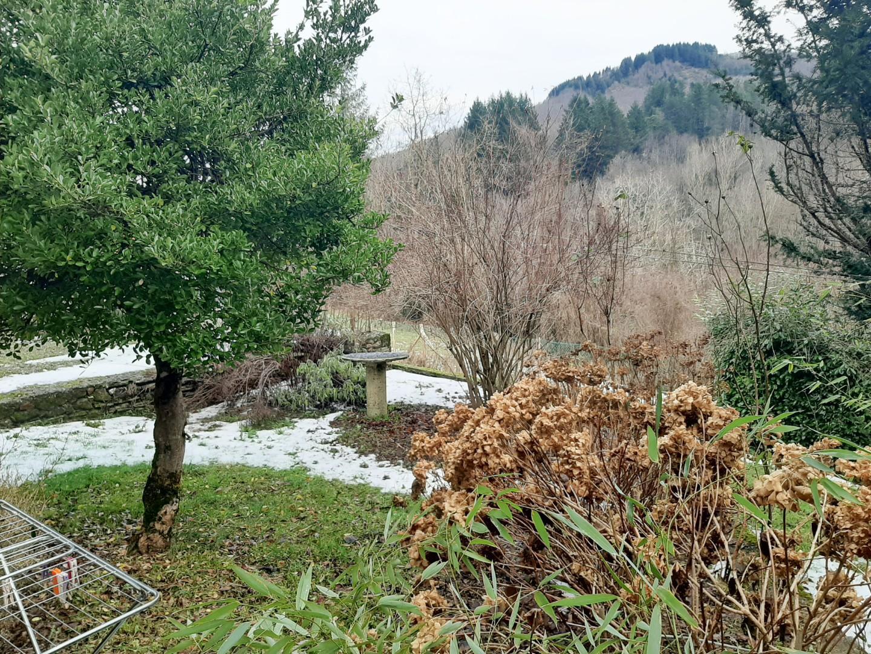 Foto 34/61 per rif. 537-C