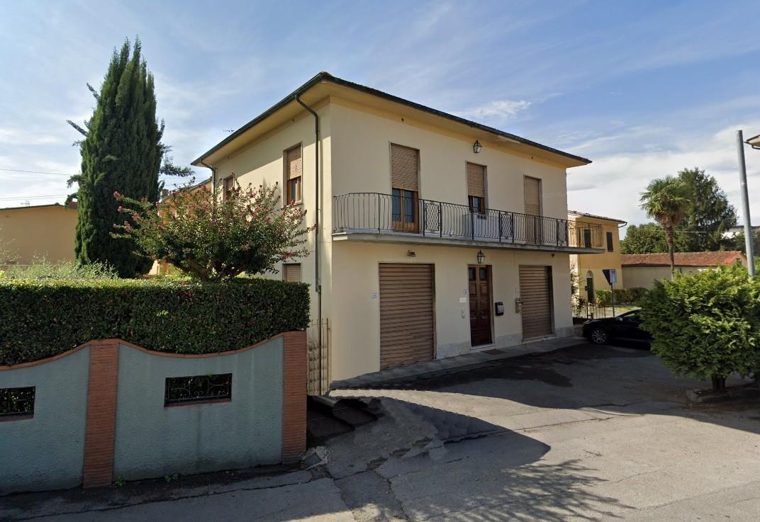 Locale comm.le/Fondo in vendita, rif. 02412