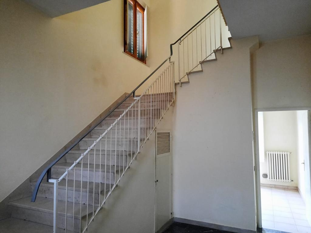 Casa semindipendente in vendita, rif. CC327