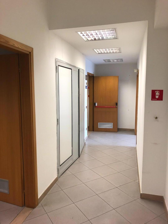 Locale comm.le/Fondo in affitto - Siena
