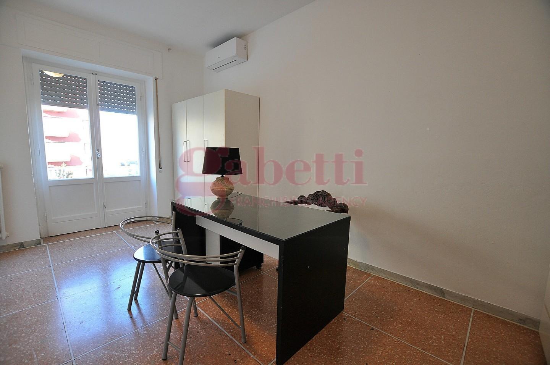 Ufficio in affitto commerciale, rif. L121/A