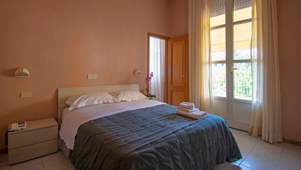 Albergo/Hotel in vendita - Marina Di Pietrasanta, Pietrasanta