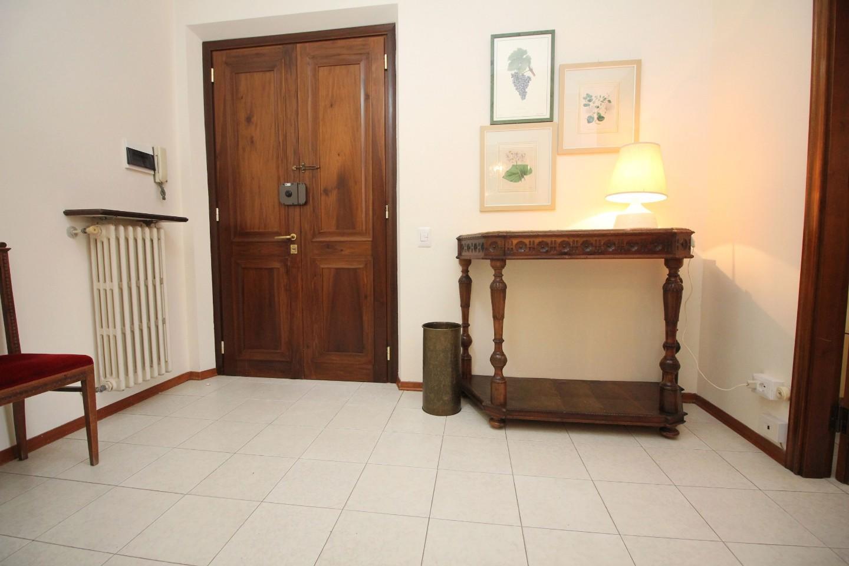 Appartamento in affitto, rif. R/632