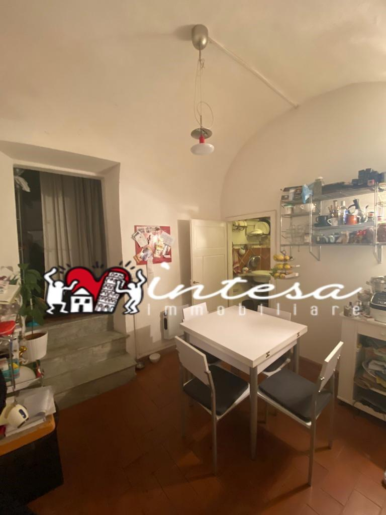 Appartamento in affitto, rif. con giardino bilocale
