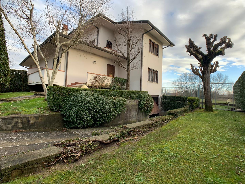 Villetta bifamiliare in vendita a La Vettola, Pisa