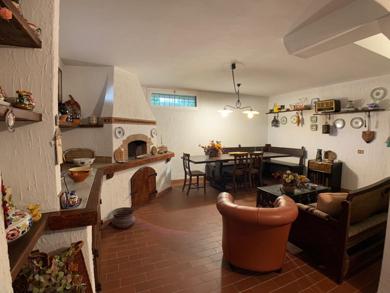 Villetta bifamiliare in vendita, rif. 425