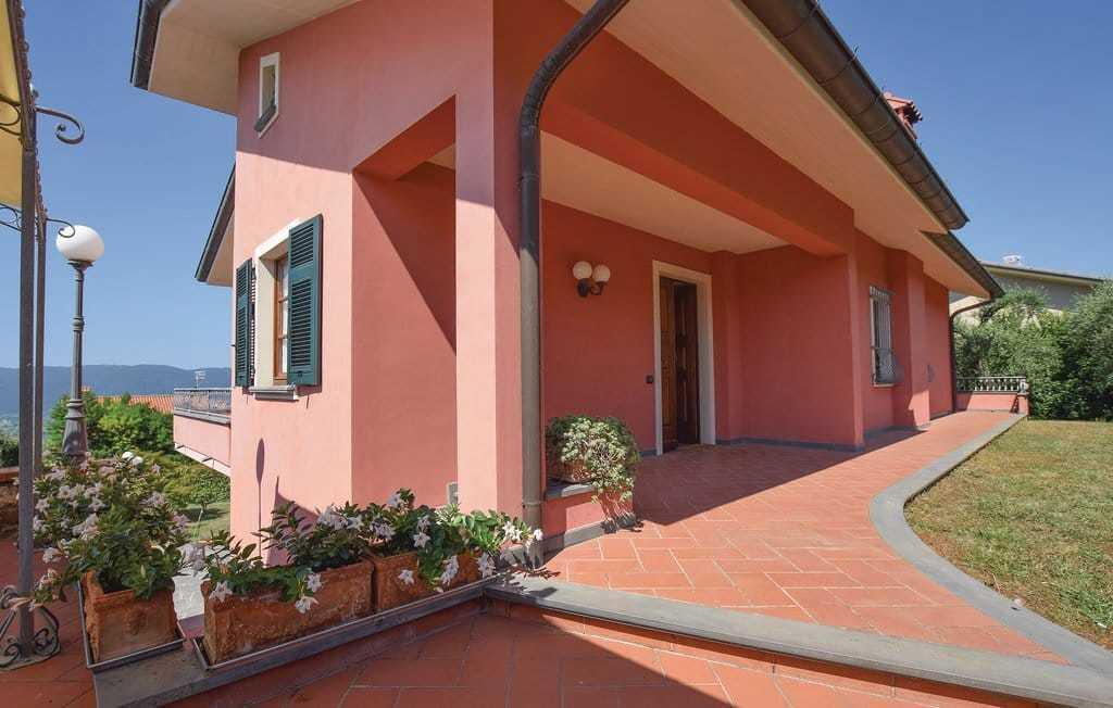 Villa singola in vendita a Sarzana