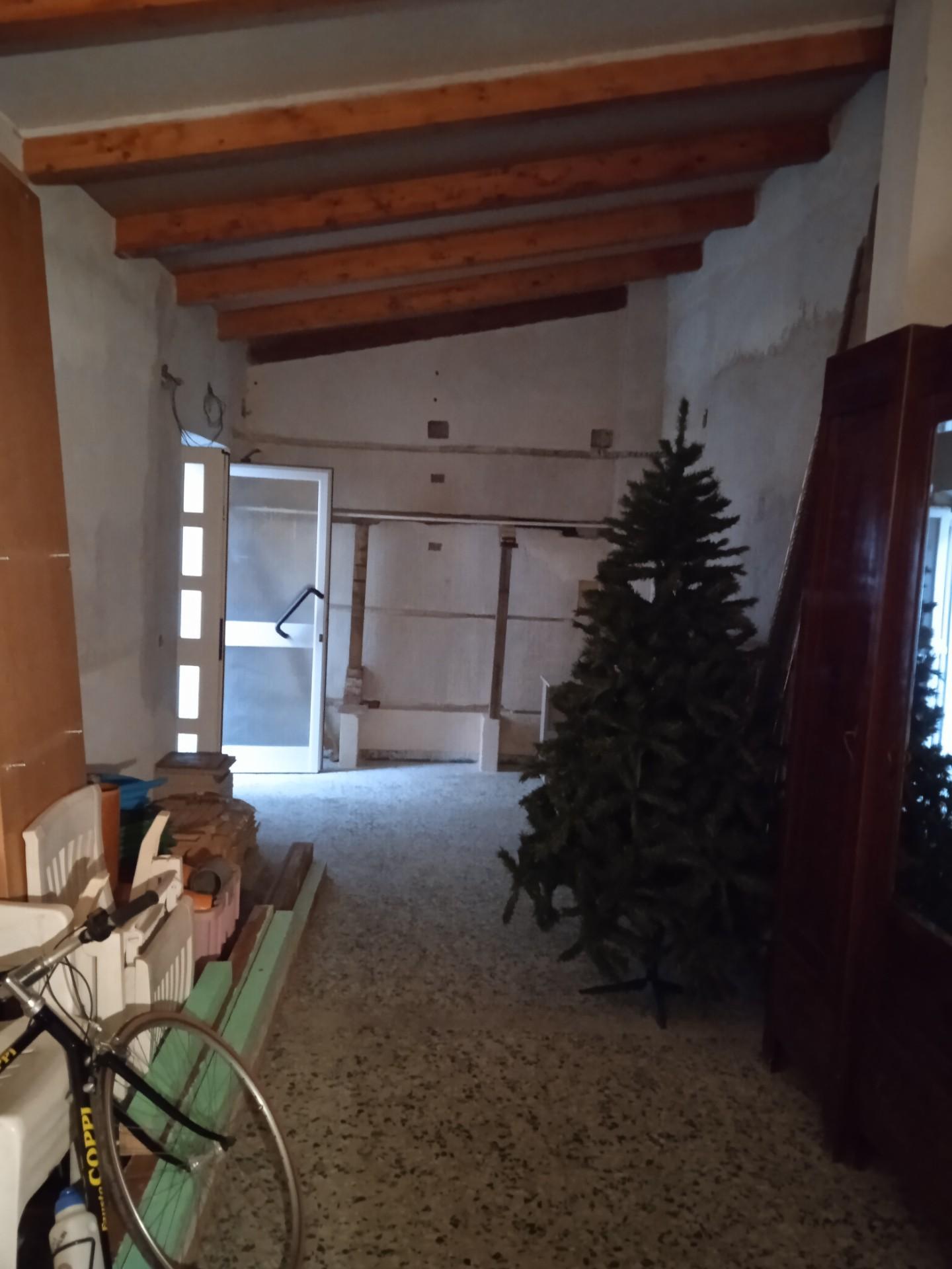 Casa singola in vendita, rif. VA010