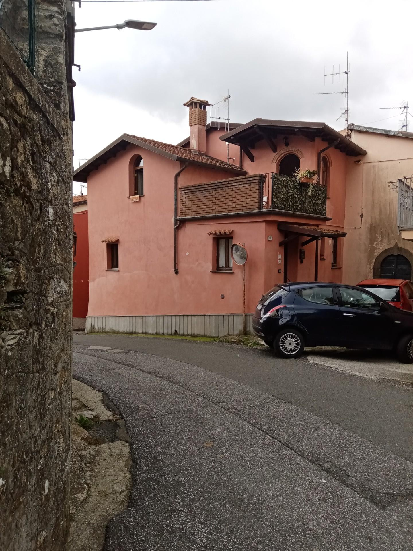 Casa singola in vendita a Fivizzano (MS)