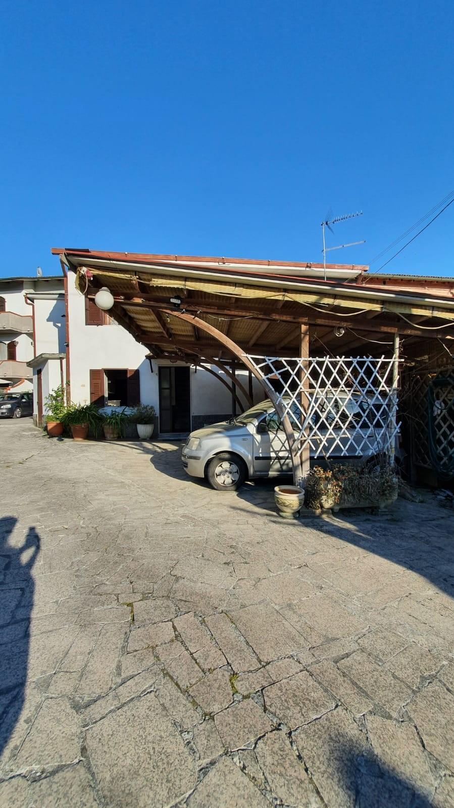 Casa semindipendente in vendita, rif. VB003