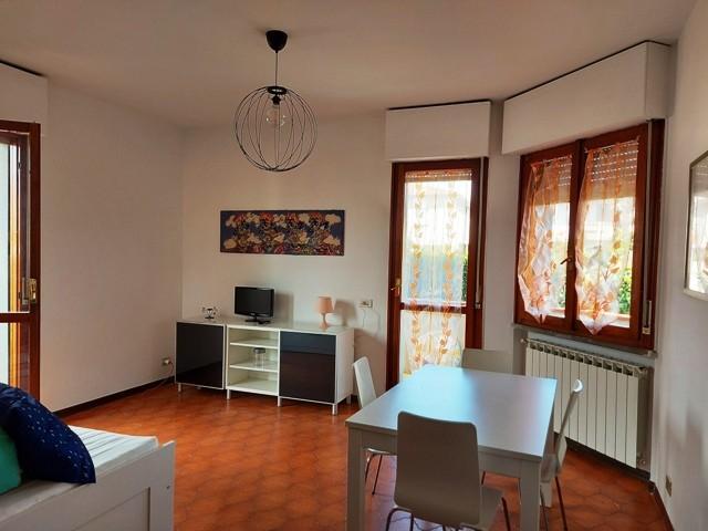 Appartamento in vendita, rif. 2023