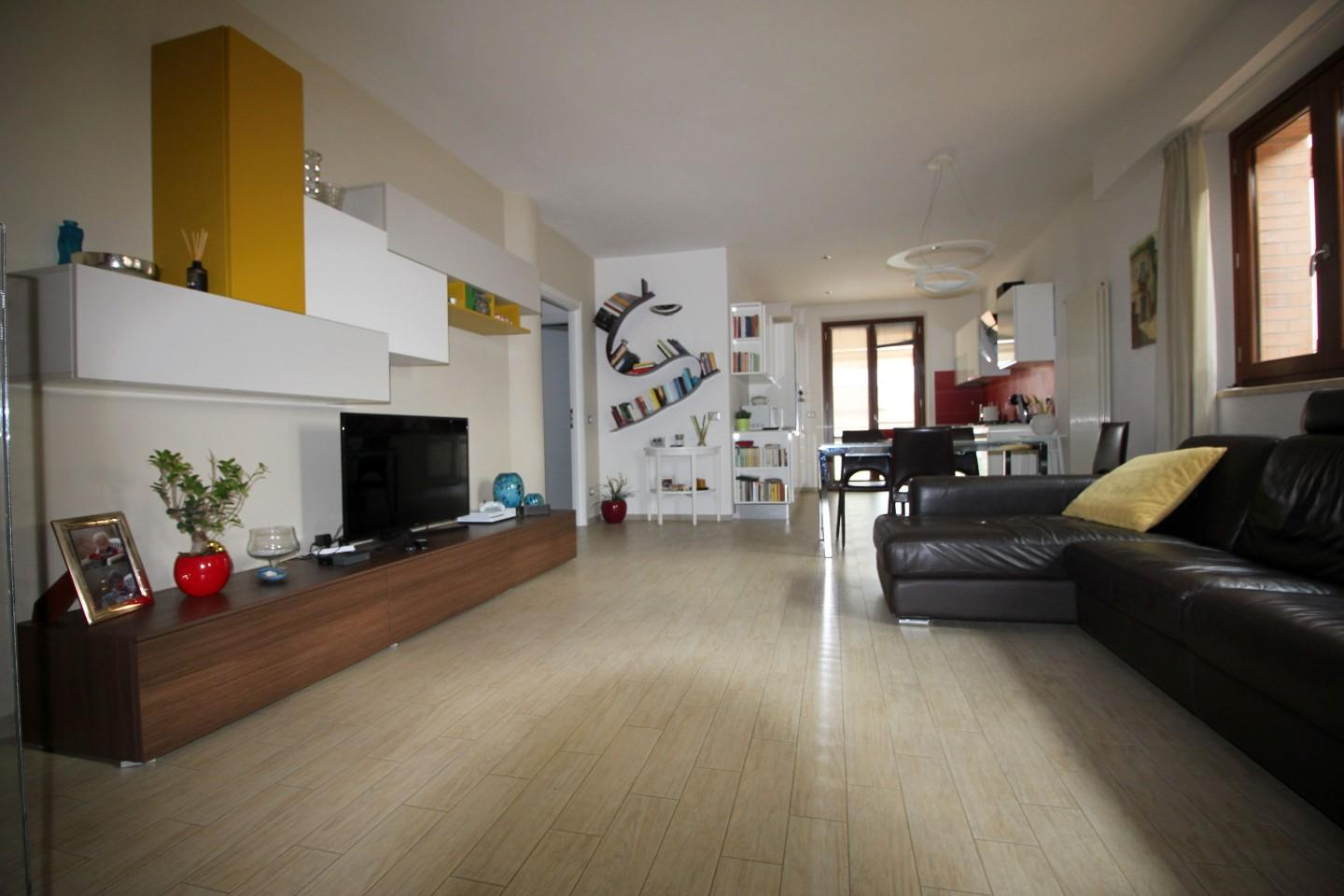 Apartment for sale, ref. R/639