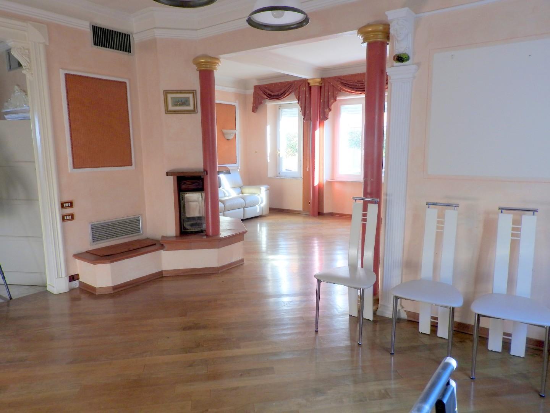Villa singola in vendita a Cecina (LI)