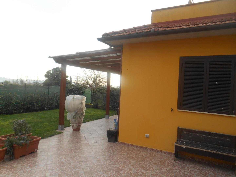 Casa singola in vendita, rif. b525