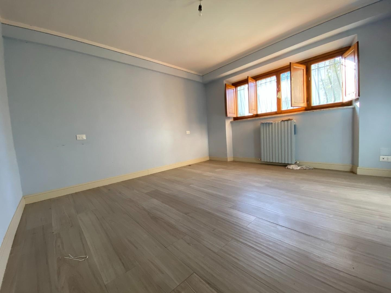 Appartamento in vendita, rif. 02449