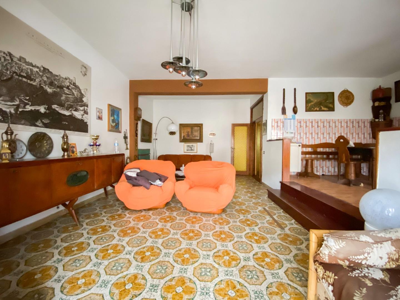 Appartamento in vendita, rif. B/310