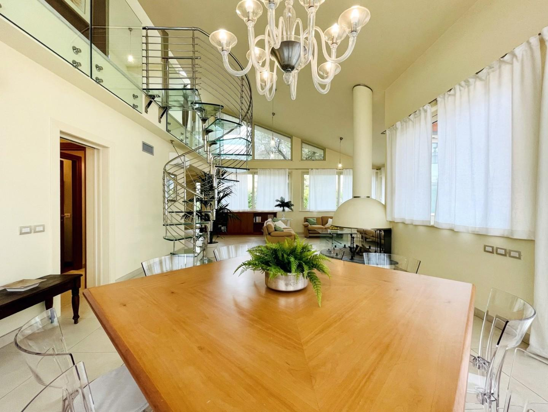 Casa singola in affitto - Vittoria Apuana, Forte dei Marmi