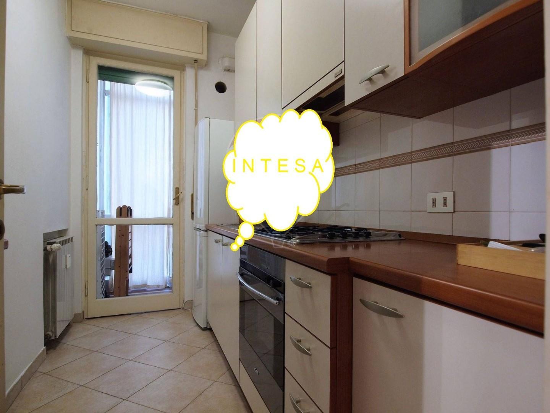 Appartamento in affitto, rif. 3 vani in s francewco in 889