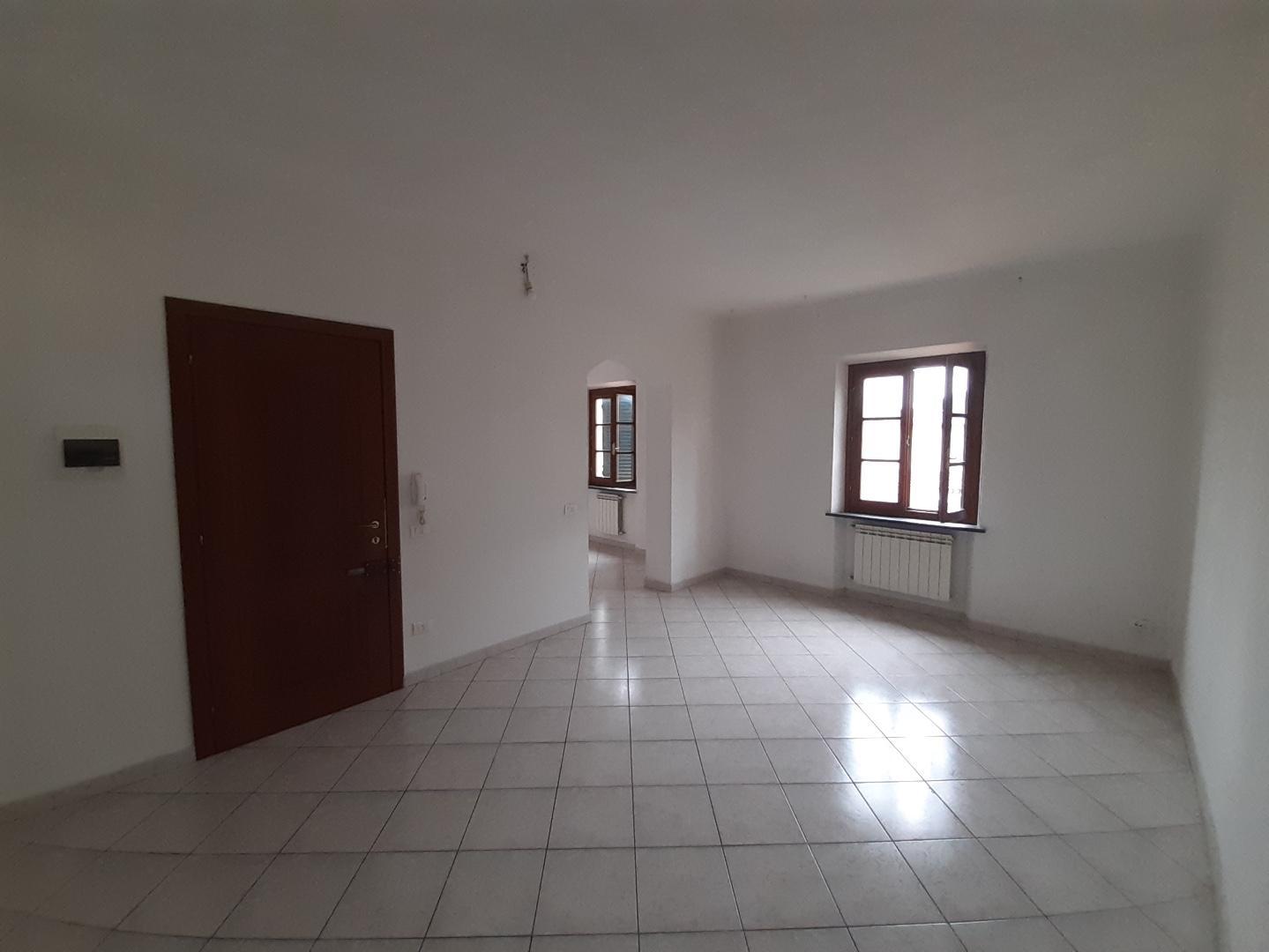 Appartamento in affitto, rif. a39/374
