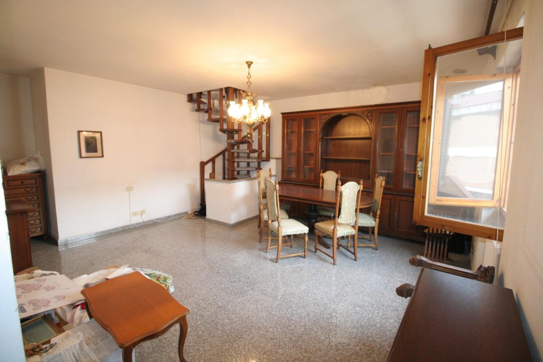 Villetta a schiera angolare in vendita, rif. SB452