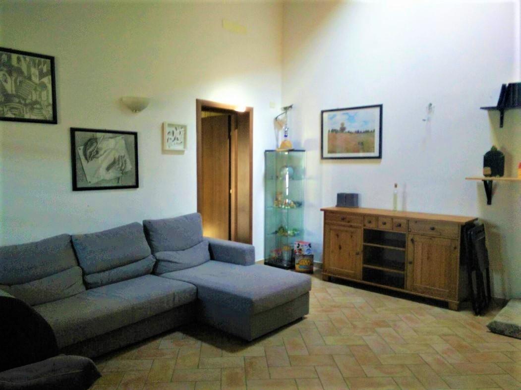 Appartamento in affitto, rif. A263
