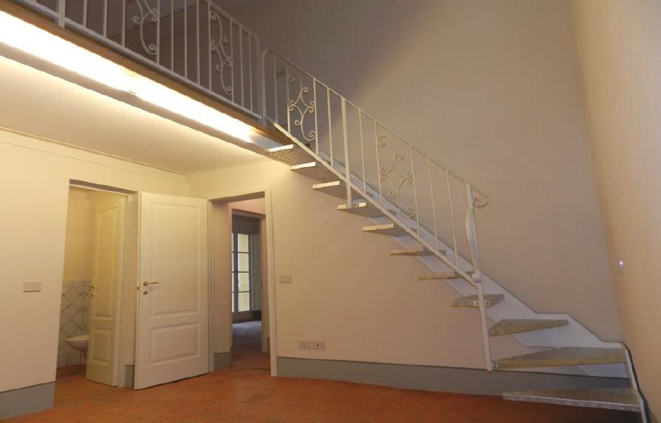 Appartamento in affitto, rif. A264